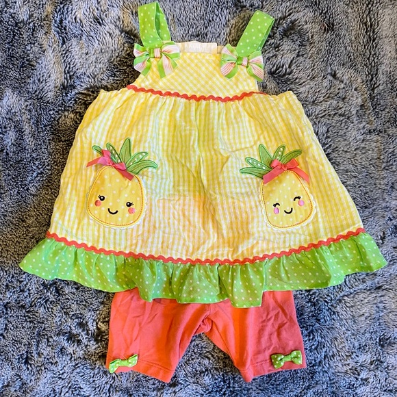 Nannette Baby pineapple outfit